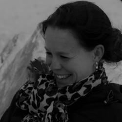 Claudia Scheuneman